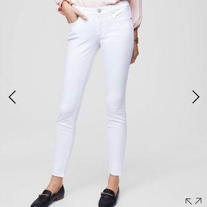 Ann Taylor Loft White Skinny Crop Pants 2/26